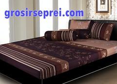 bed frame, textile, furniture, brown, room, bed sheet, bed,