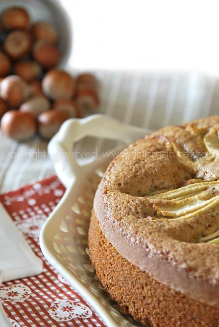 torta grano saraceno, nocciole e mele
