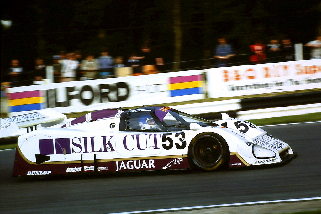 jaguar xjr 6 derek warwick jean louis schlesser enters. Black Bedroom Furniture Sets. Home Design Ideas
