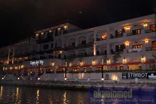 Hotal Casa De Rio di tebing sungai Melaka