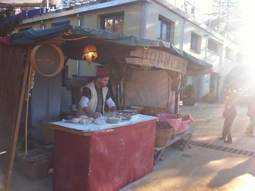 Espinelves | Fira de l'Avet | Un señor amasando pan