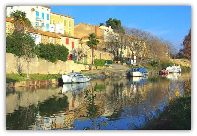 Le canal du Midi à Paraza (Aude, France).