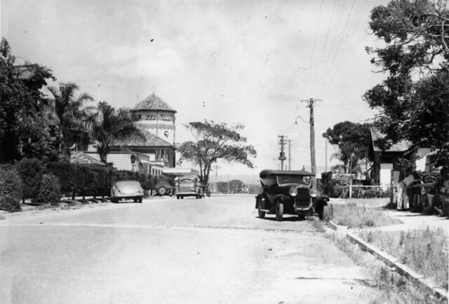 Quiet street scene in Cavill Avenue, Surfers Paradise, ca. 1938