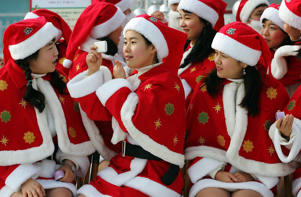 Korean+Amusement+Park+Hosts+Santa+Claus+School+3JY82pgkQu3l