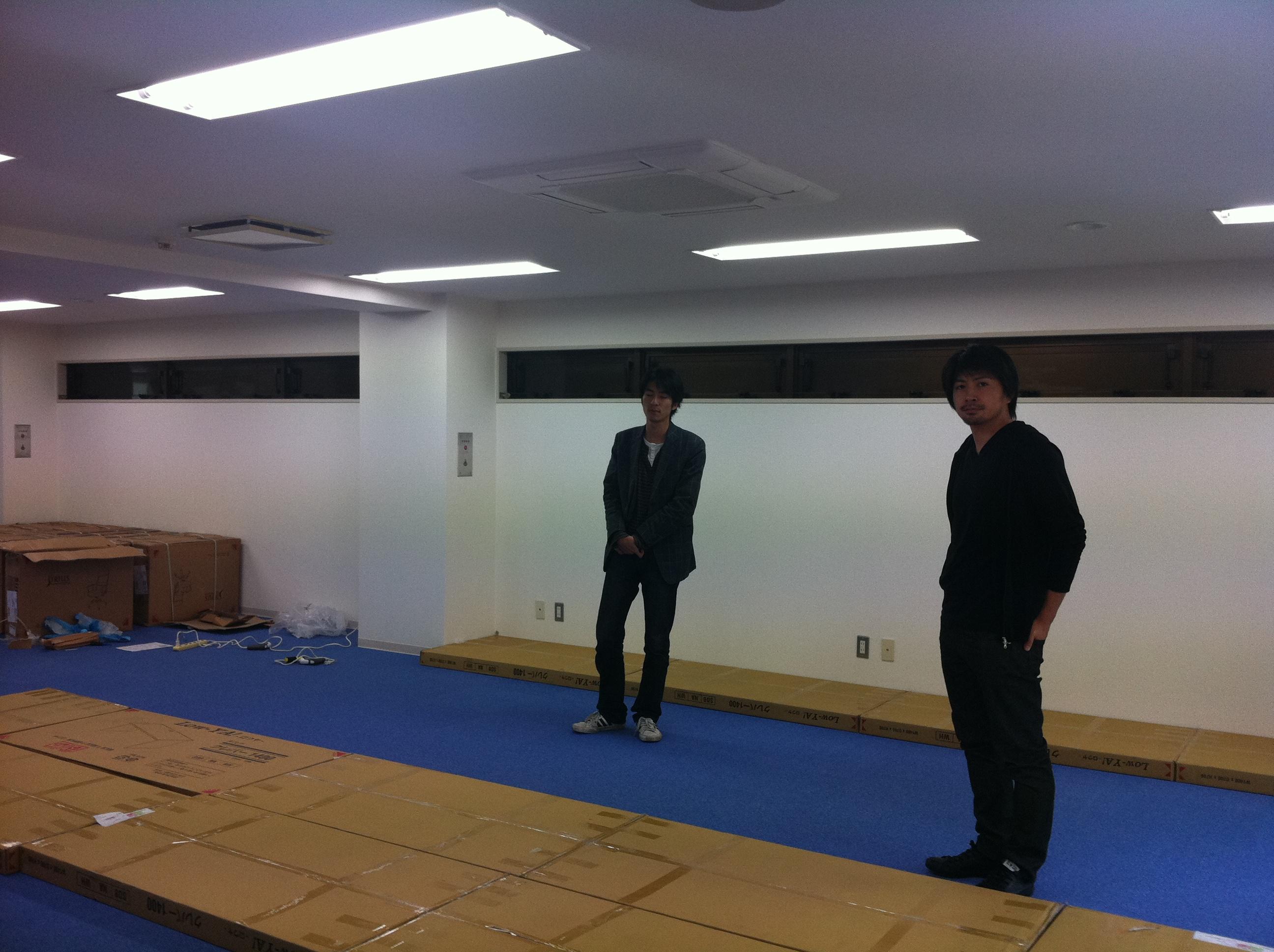 大阪のど真ん中本町にコワーキングスペースを作ろう!_04