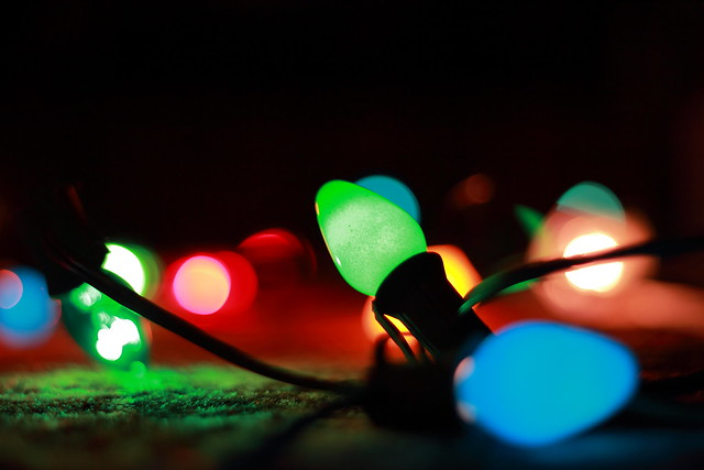 photographing christmas lights
