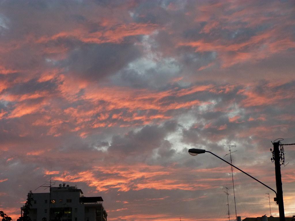 30-12-2011-ramat-gan-skies2