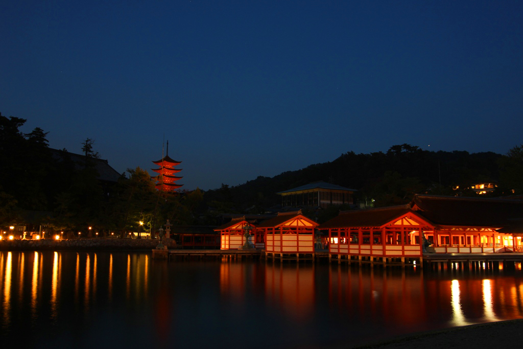 Miyajima Night Photo (4)