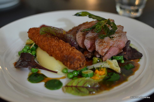 Etch - Crispy lamb belly, slow roasted rump, broad beans, artichoke and mint