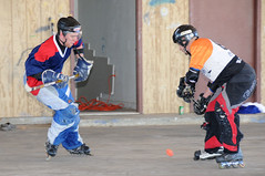 winter sport(0.0), stick and ball games(1.0), footwear(1.0), sports(1.0), roller in-line hockey(1.0), street sports(1.0), team sport(1.0), hockey(1.0), athlete(1.0),
