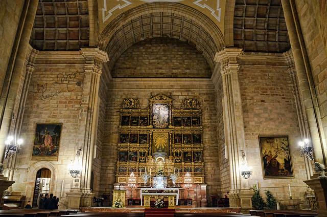 Interior de la Iglesia de Santa María