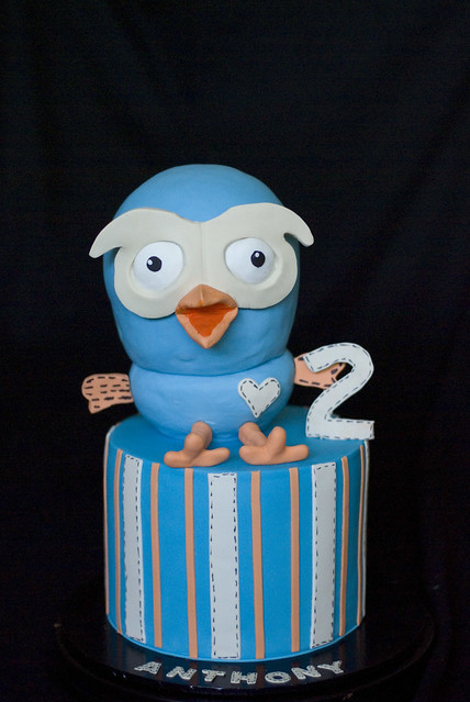 How To Make A D Giggle And Hoot Cake