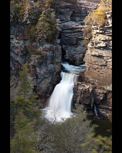 trees winter water landscape nc northcarolina falls waterfalls gorge blueridgemountains blueridgeparkway linvillefalls nikonafnikkor85mmf14d