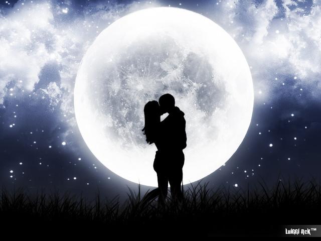 Full Moon Romantic