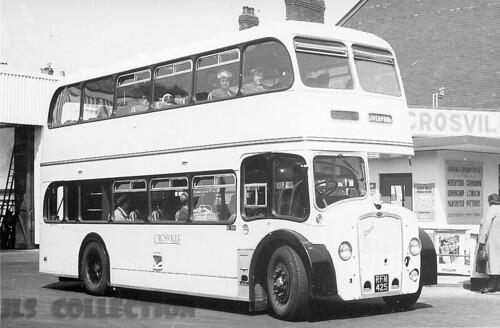 Crosville  ML 680