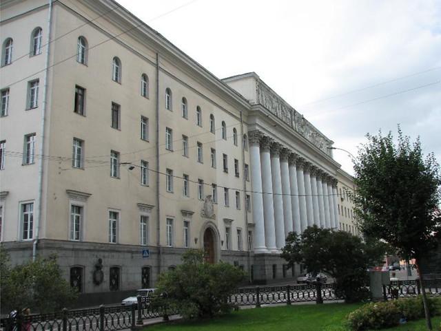 Здание Александровского военного училища после реконструкции