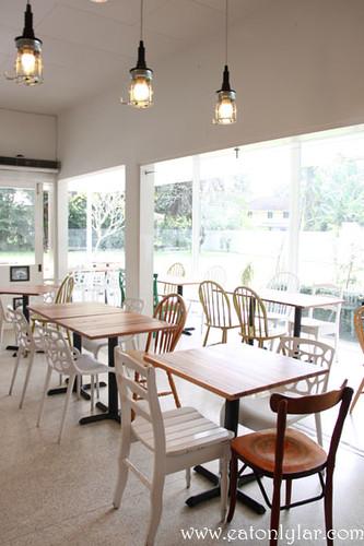 Interior, Haven Café