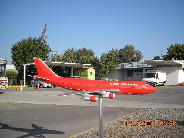 El más grande de mis aviones 6848405757_a6e4a9a5e7_z