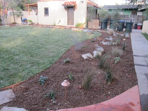 Planter around lawn