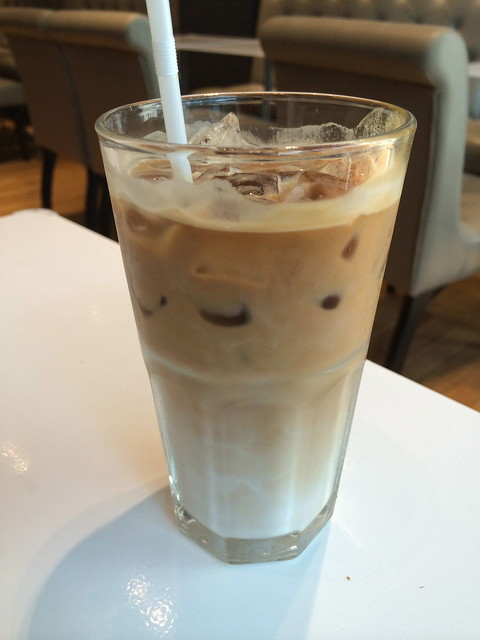 Iced cafe latte - Paris Baguette