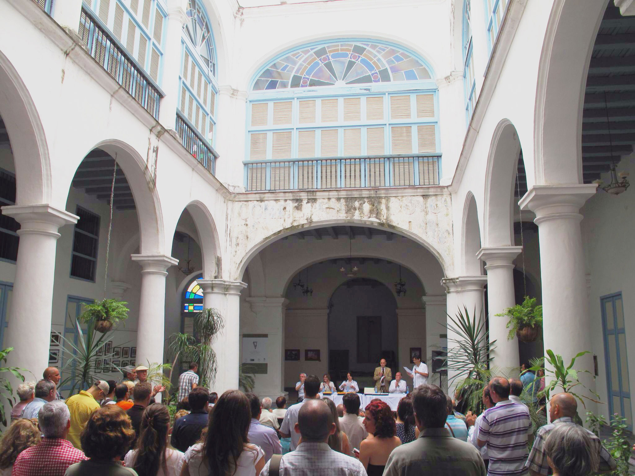 inauguracion_XI jornadas arquitectura vernacula gonzalo de cardenas_vitrina de valonia_casa de conde de canongo