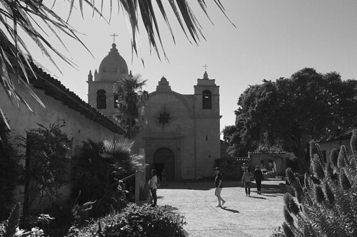 Mission Carmel - Basilica and Courtyard
