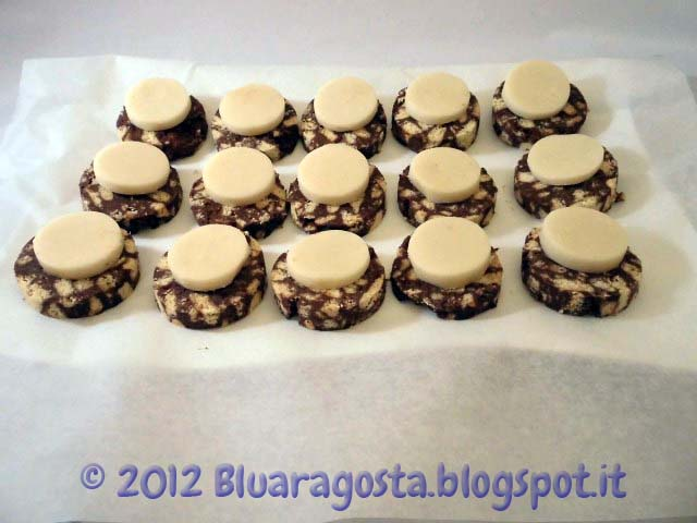 1-Salame di cioccolato e pasta di mandorla pronte