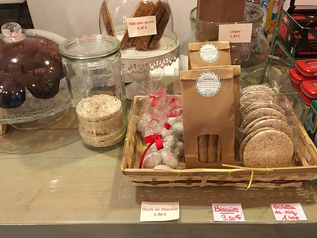 Gluten-free baked goods and treats at Risotto & Co Avignon France