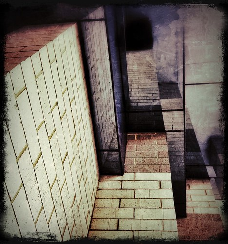 161/365- Bricks by elineart