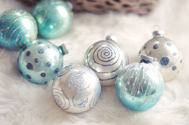 holiday crafting christmas  ornaments diy