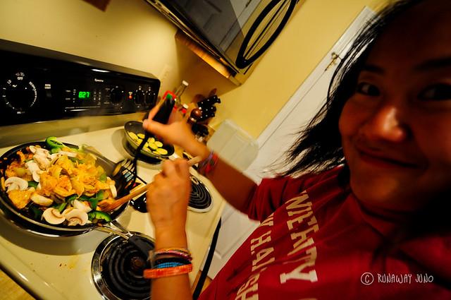 Juno cooking Jeyuk Bokkeum Korean Food
