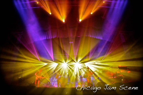 11.25.11 Umphrey's McGee and Beats Antique at Aragon Ballroom-28