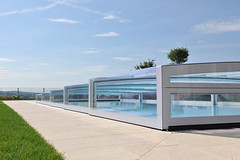 The world 39 s best photos of aura and schwimmbad flickr for Schwimmbad folienverlegung