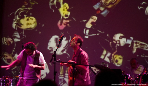 Liniers & Kevin Johansen @ SESC Pompéia by barretorodrigo