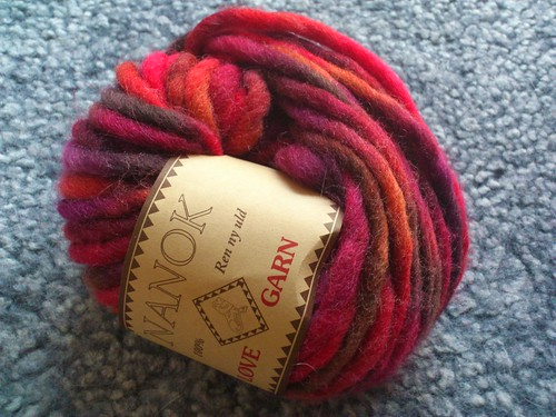 Nanok yarn