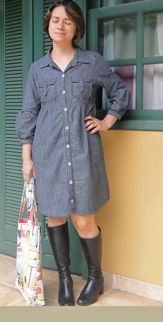 Jeans e bolsa de tecido
