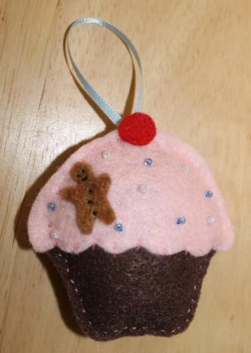 Felt cupcake ornament