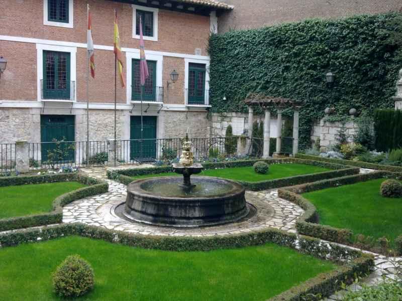 Jardín Casa Cervantes 4