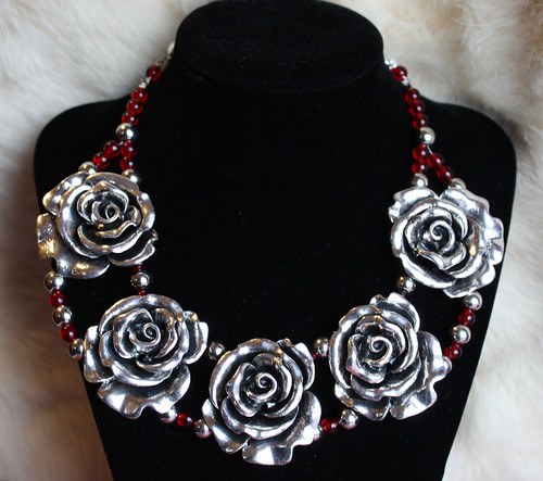 Silver Roses necklace