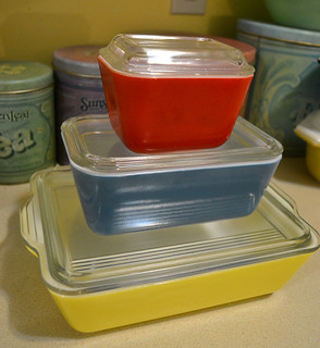 Primary Pyrex Fridgies
