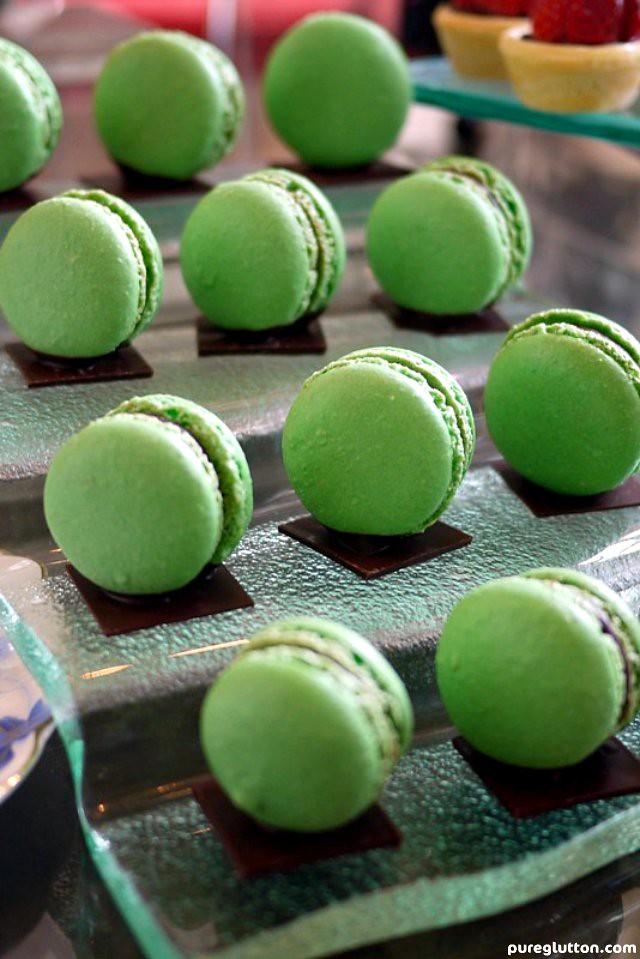 green macarons