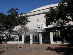 木, 2010-12-02 11:56 - Tremé地区 閉鎖されたままの劇場