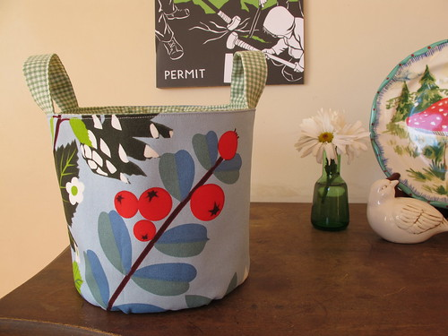 a fabric bucket for carrie