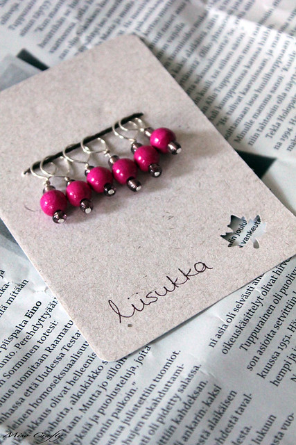 Hot pink stitch markers