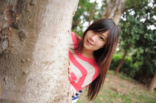 無料写真素材, 人物, 女性  アジア, 人物  樹木, セーター, 台湾人