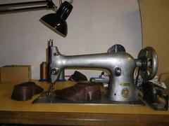 wheel(0.0), steam engine(0.0), sewing machine(1.0), art(1.0), machine(1.0), iron(1.0),