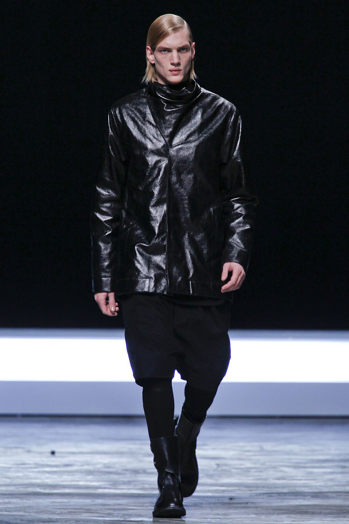 FW12 Paris Rick Owens033_Paul Boche(VOGUE)