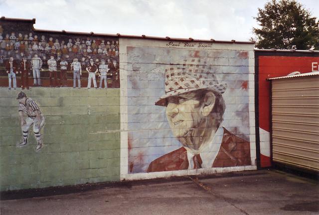 Bear bryant wall mural gadsden al gone flickr for Alabama wall mural