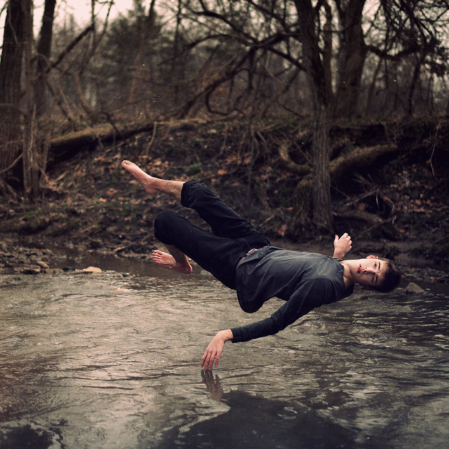 6756559289 94f5f95136 z [Pics] Flickr Spotlight #10 – Levitation