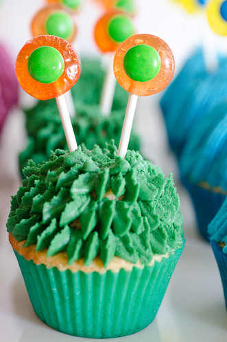 Monster_Cupcakes_Tutorial-4